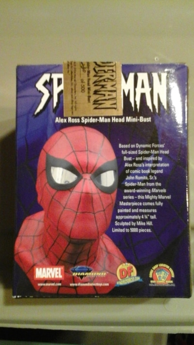 Spiderman Limited edition bust (small version of the life sized version